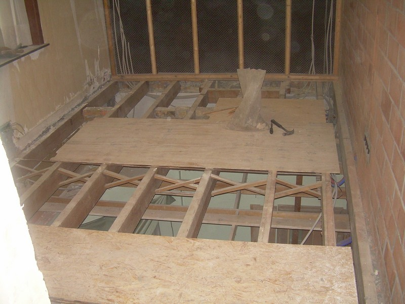 Boiler aansluiten, glazen douche wand installeren : Huisblog David en ...